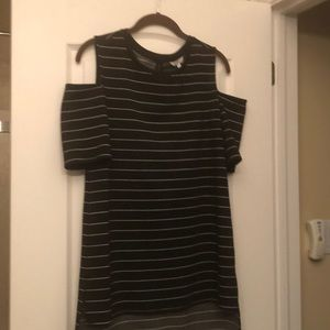 RW&Co Chamber & Grace open shoulder t-shirt